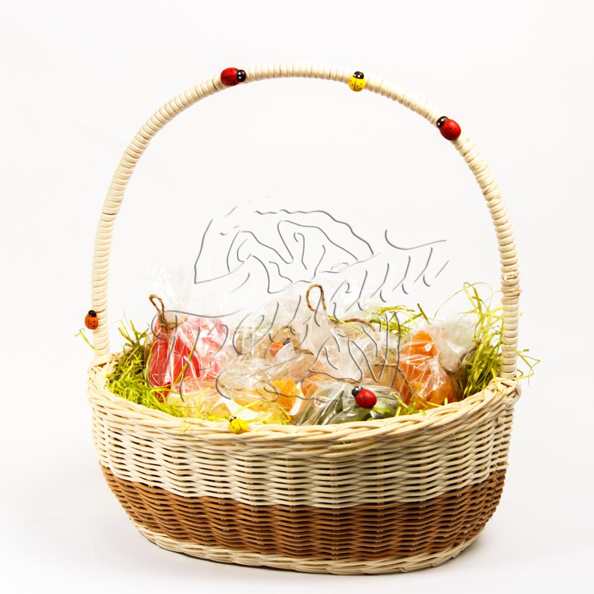 Корзина с сухофруктами и орехами в подарок 85
