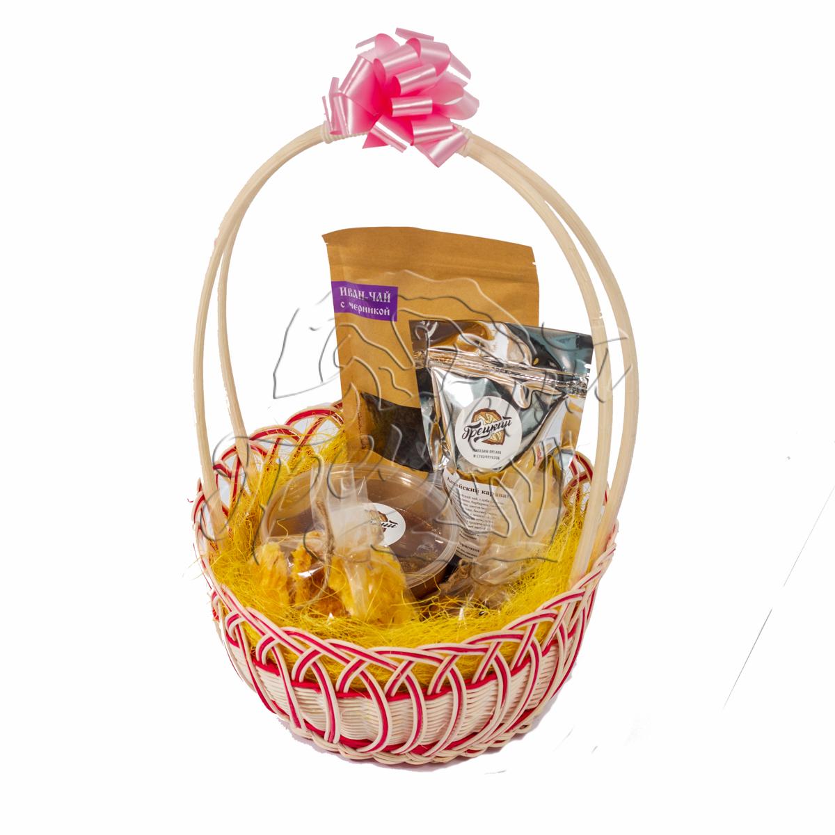 Корзина с сухофруктами и орехами в подарок 48